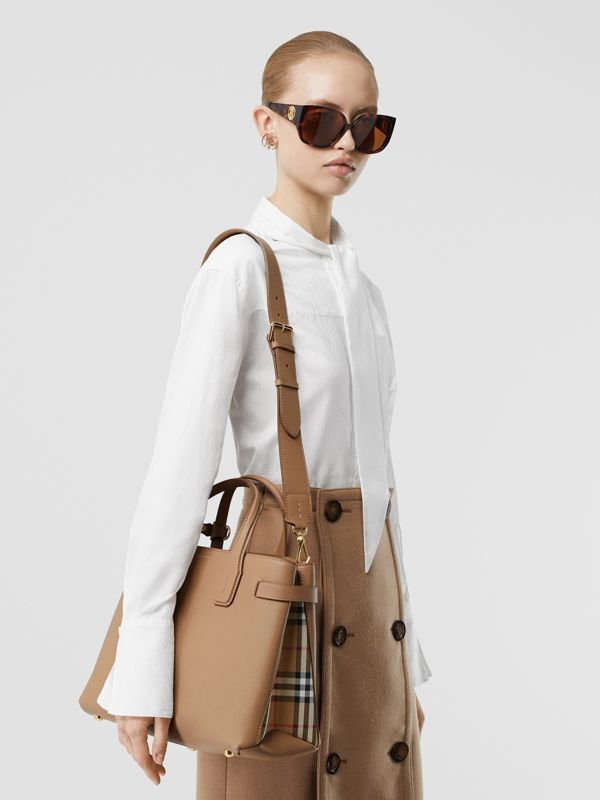 The Medium Banner in Leather and Vintage Check in Camel - Women | Burberry United Kingdom - cell image 2