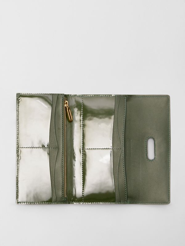 D-ring Patent Leather Continental Wallet in Dark Forest Green - Women | Burberry United States - cell image 3