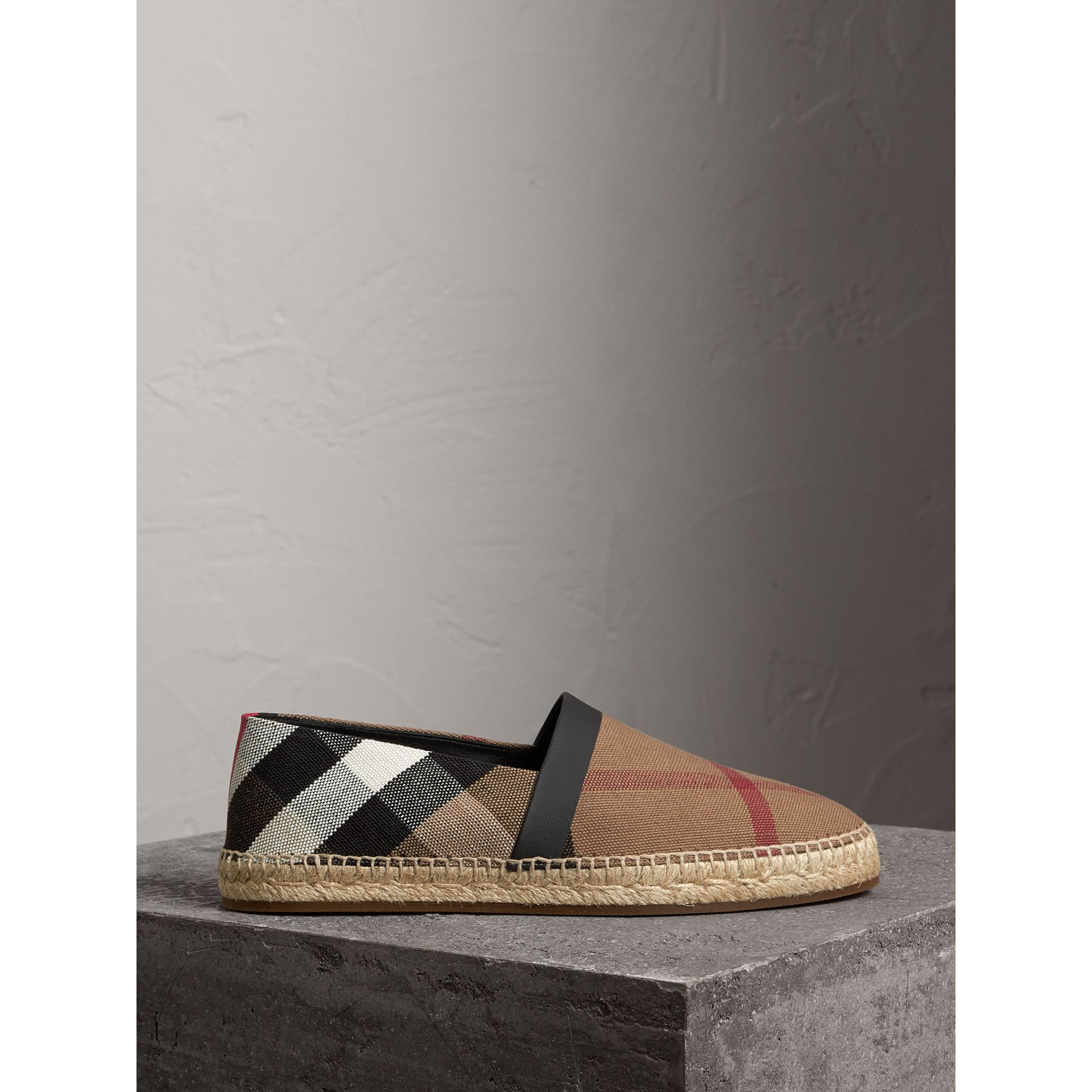 Check Cotton Canvas Seam-sealed Espadrilles in Classic - Men | Burberry Hong Kong - gallery image 3