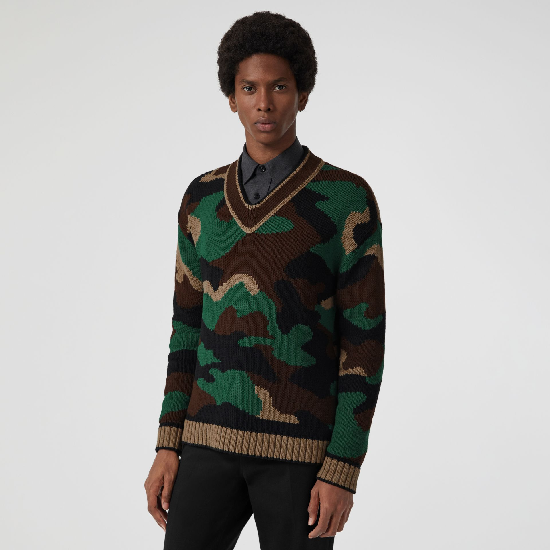 Camouflage Intarsia Cotton Blend Sweater in Forest Green - Men | Burberry United Kingdom - gallery image 4