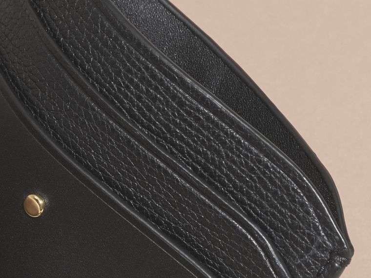 Black Riveted Leather Card Case - cell image 4