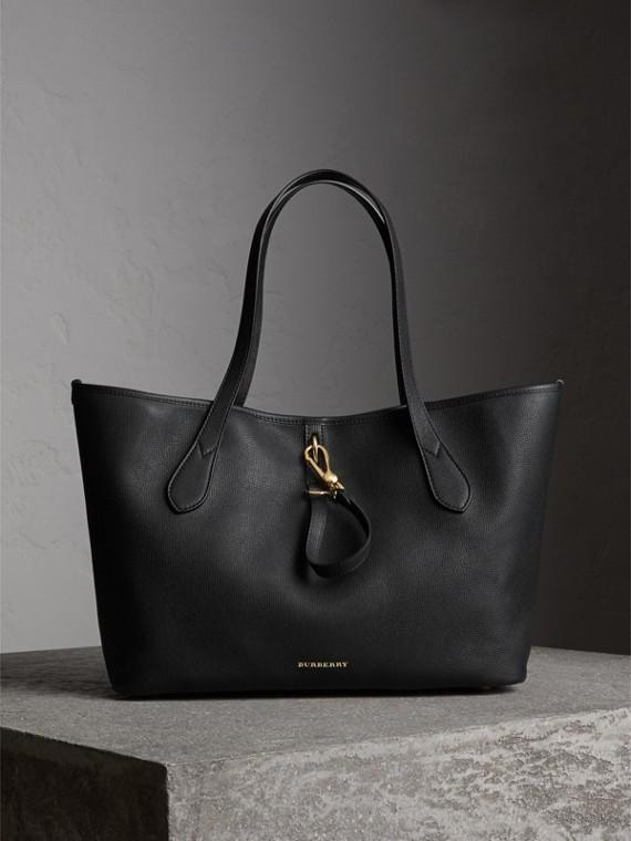 Medium Grainy Leather Tote Bag in Black