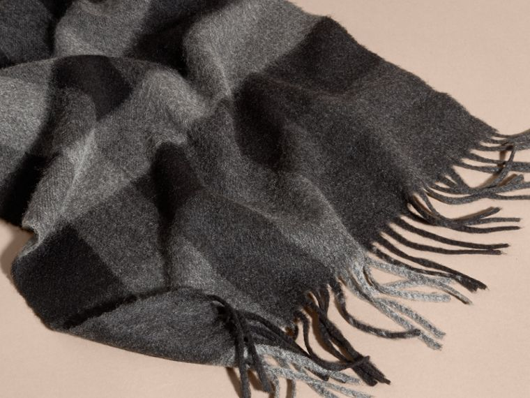 Charcoal check The Large Classic Cashmere Scarf in Check Charcoal - cell image 4