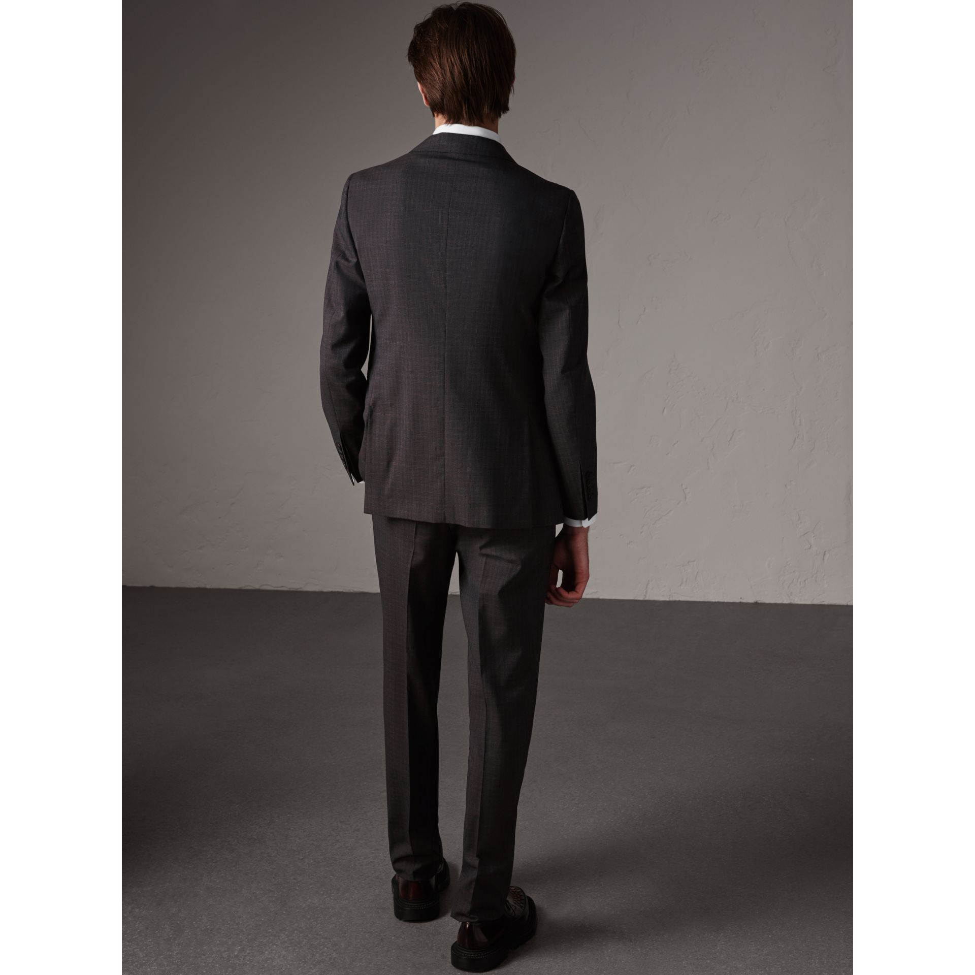 Soho Fit Check Wool Suit in Blackcurrant - Men | Burberry United Kingdom - gallery image 2