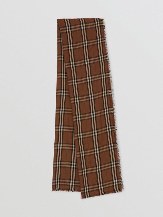 Vintage Check Lightweight Cashmere Scarf in Bridle Brown