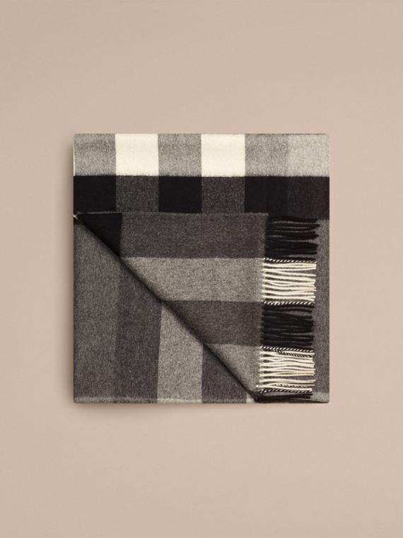 Check Cashmere Blanket in Mid Grey - cell image 3