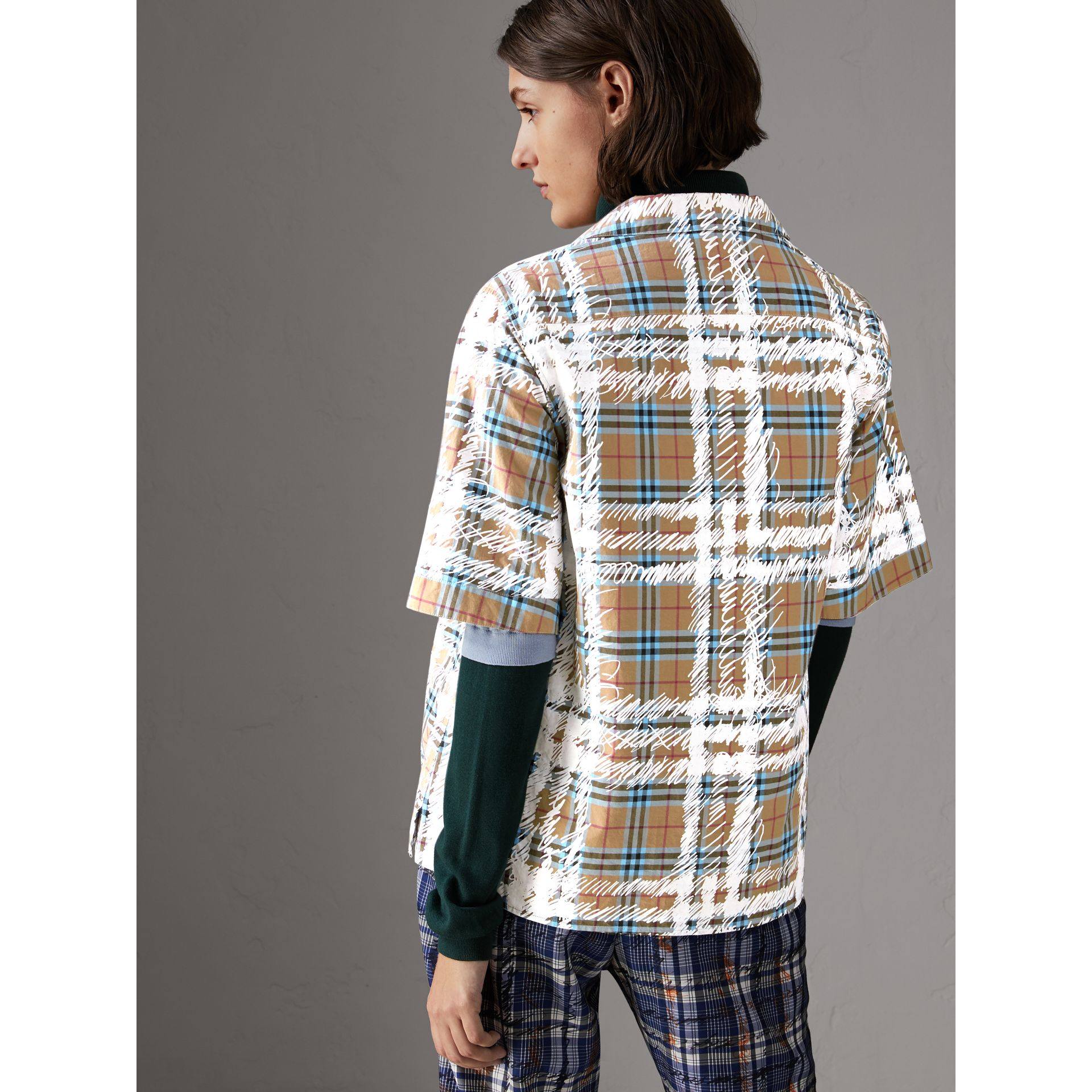 Short-sleeve Scribble Check Cotton Shirt in Bright Mineral Blue - Women | Burberry United Kingdom - gallery image 2