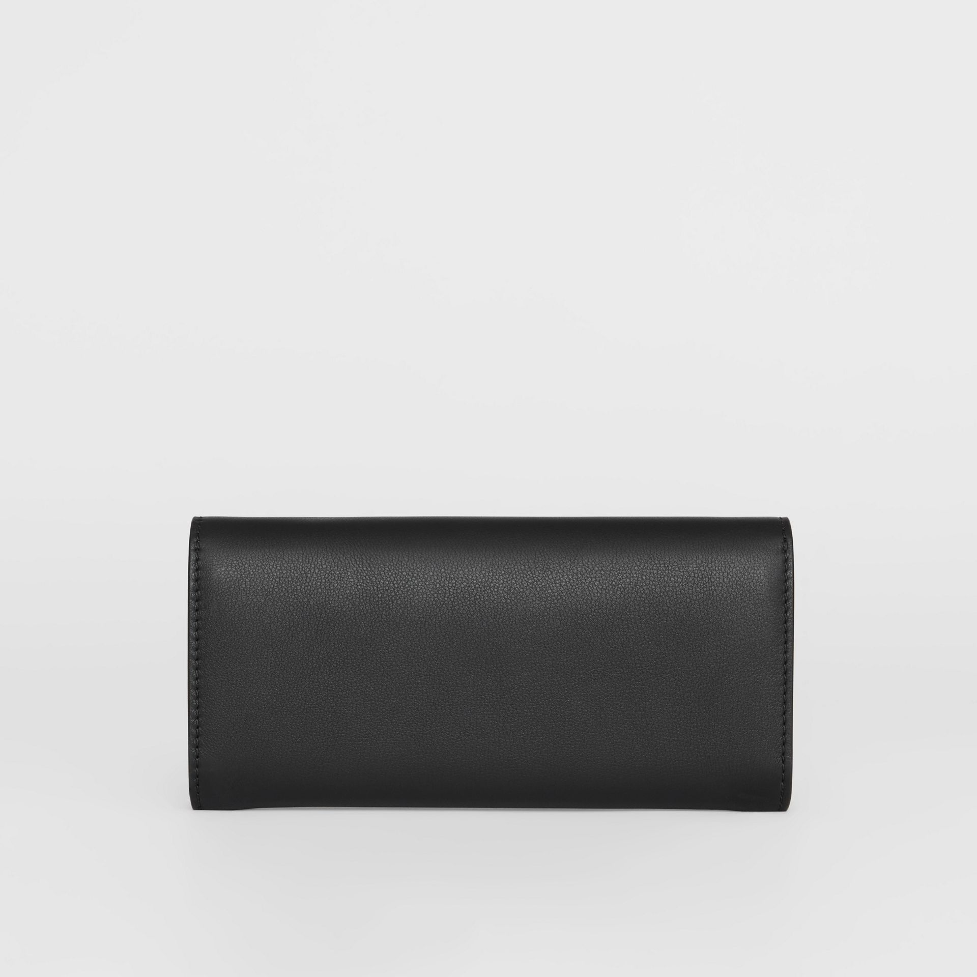 Embossed Crest Two-tone Leather Continental Wallet in Black - Women | Burberry United States - gallery image 5