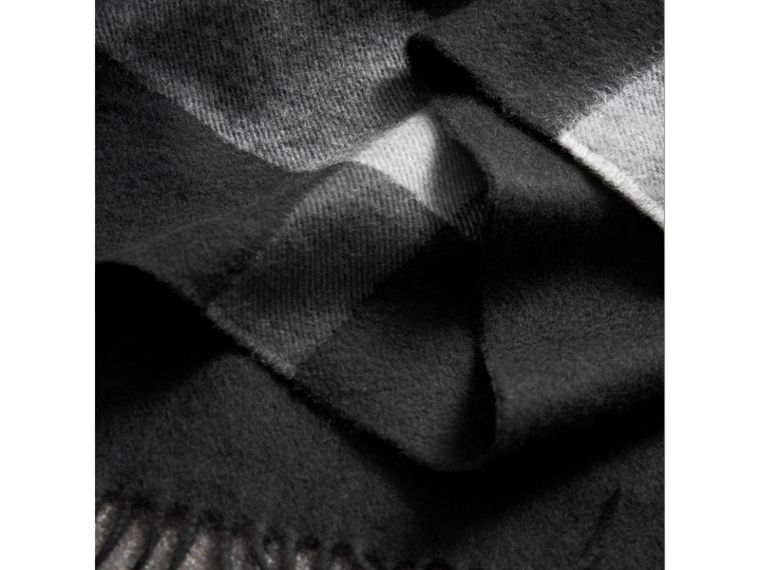 Check Cashmere Wrap in Black | Burberry United Kingdom - cell image 1