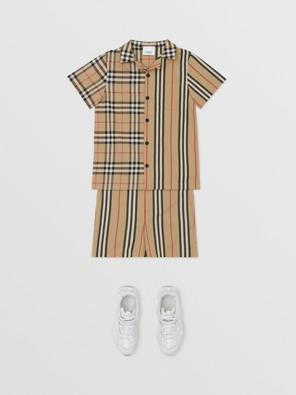 Short-sleeve Vintage Check and Icon Stripe Shirt in Archive Beige | Burberry Australia - cell image 2