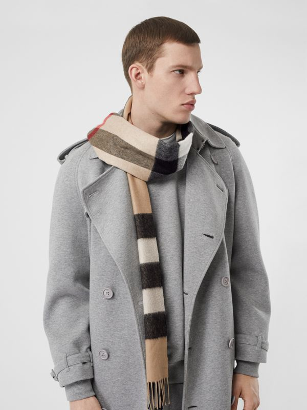 Check Cashmere Scarf in Archive Beige | Burberry - cell image 3