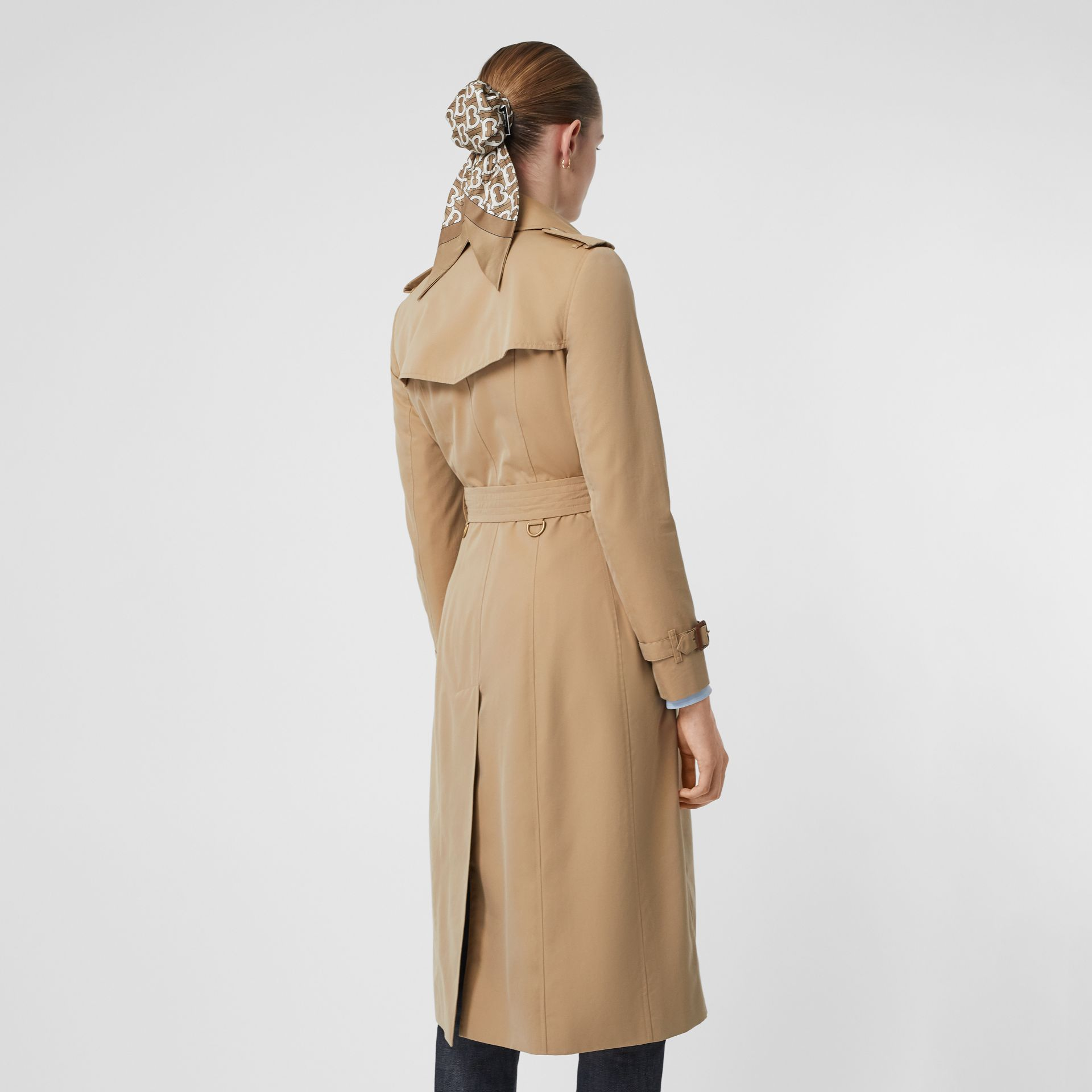 The Chelsea – Trench Heritage long (Miel) - Femme | Burberry - photo de la galerie 2