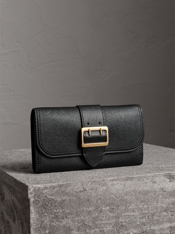 Textured Leather Continental Wallet in Black