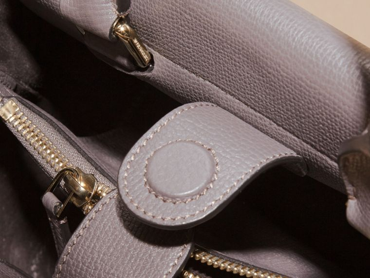 Sepia grey The Small Saddle Bag in Grainy Bonded Leather Sepia Grey - cell image 4