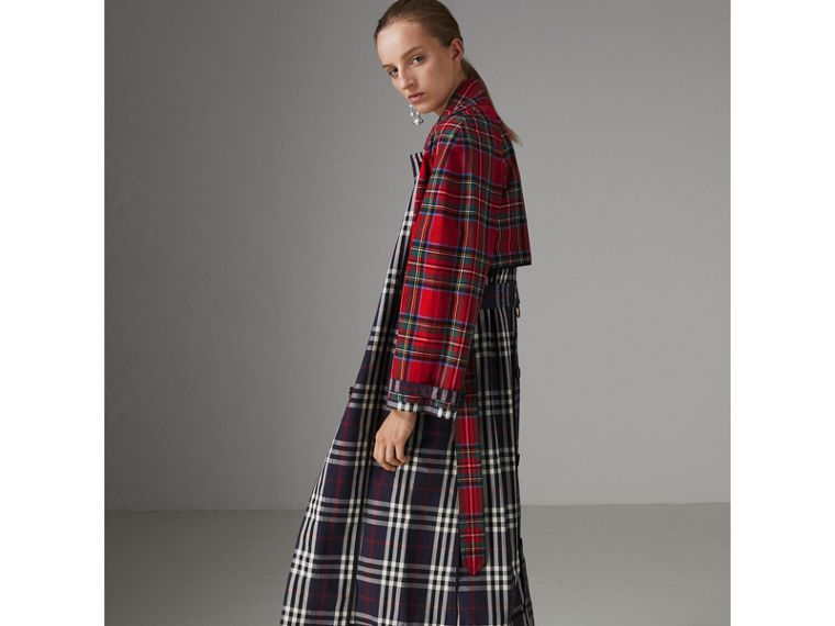 Check and Tartan Cotton Trench Coat in Navy - Women | Burberry - cell image 4