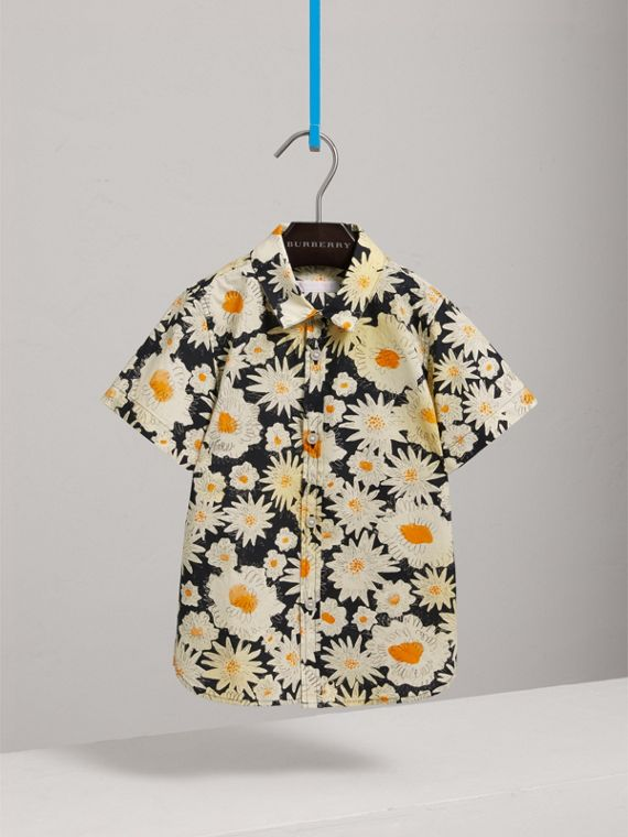 Short-sleeve Daisy Print Shirt in Black