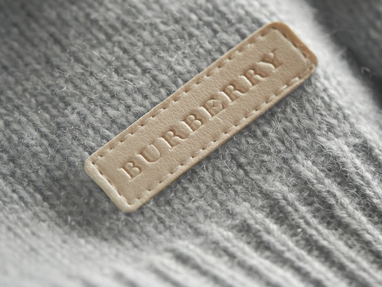 Cashmere Two-piece Baby Gift Set in Pale Mint | Burberry - cell image 1