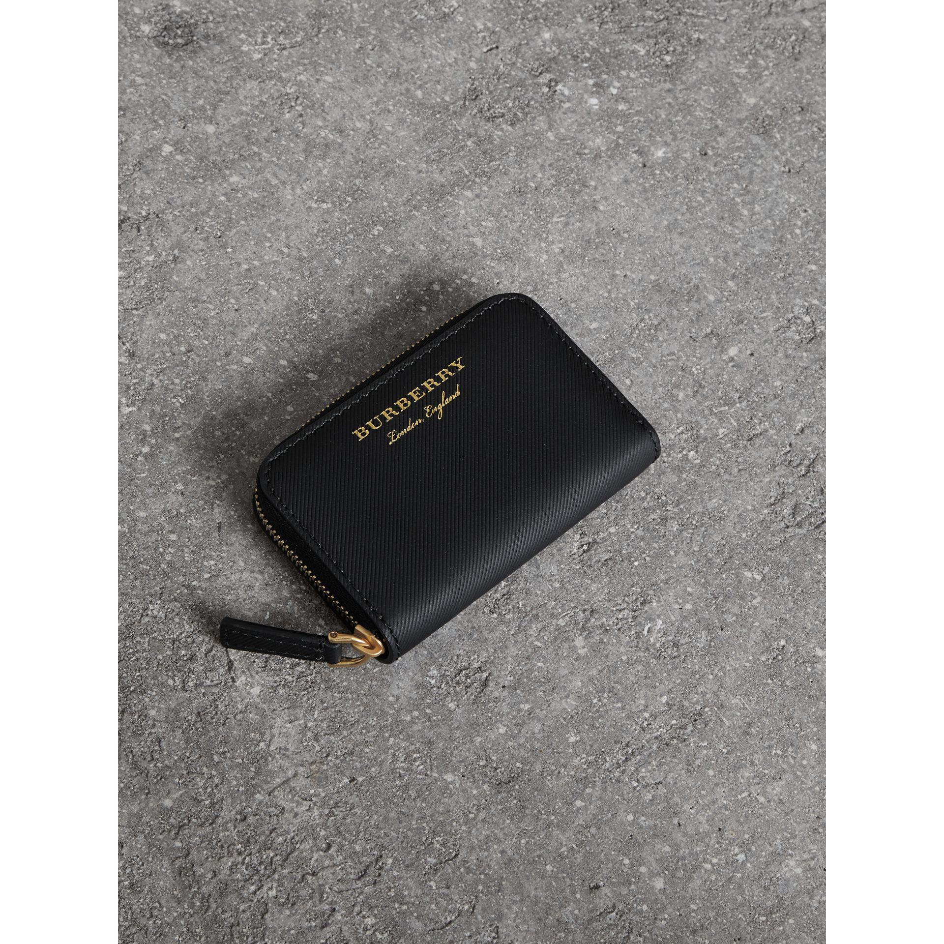 Trench Leather Ziparound Coin Case in Black - Men | Burberry United Kingdom - gallery image 4