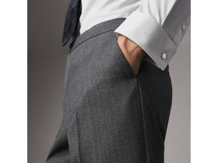Modern Fit Double-cuff Stretch-cotton Shirt in White - Men | Burberry United Kingdom - cell image 4
