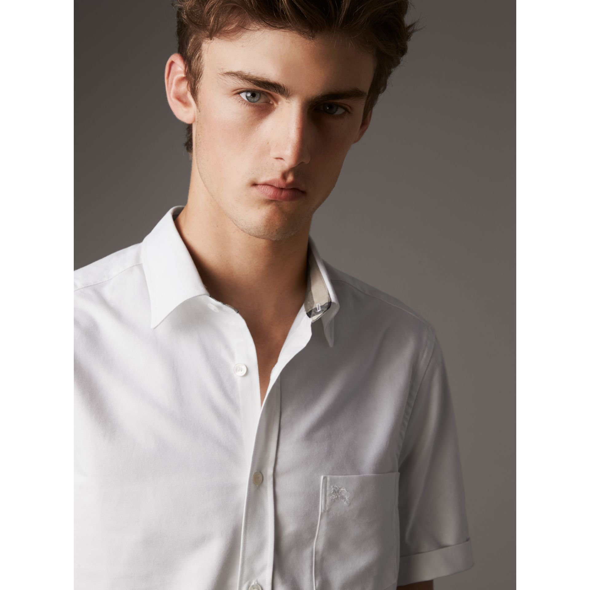 Check Detail Short-Sleeved Cotton Oxford Shirt in White - Men | Burberry - gallery image 2