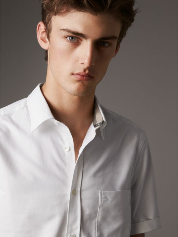 Check Detail Short-Sleeved Cotton Oxford Shirt in White
