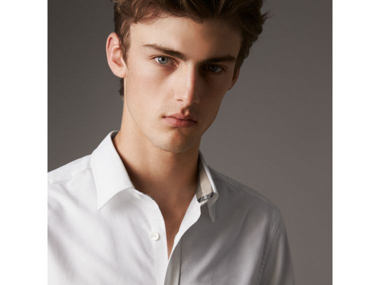 Check Detail Short-Sleeved Cotton Oxford Shirt in White - Men | Burberry United Kingdom - cell image 1