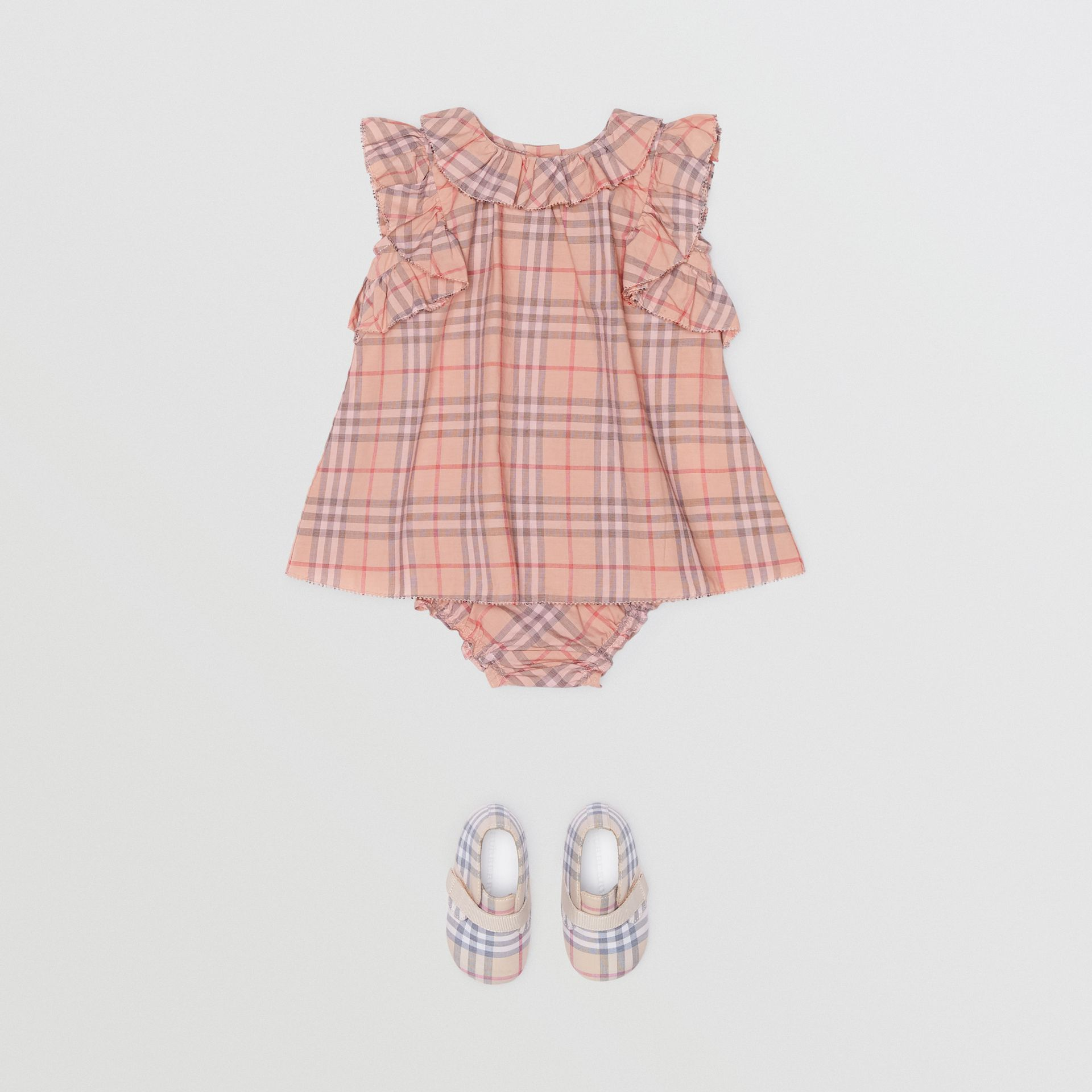 Robe en coton à motif check avec volants et bloomer (Rose Clair) - Enfant | Burberry - photo de la galerie 2