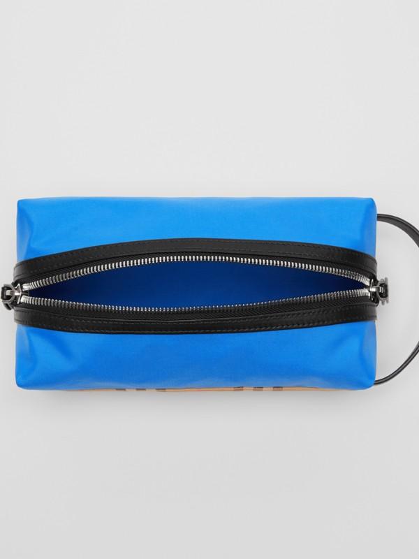 Neceser en tejido a cuadros Vintage Checks y de color liso (Azul /) - Hombre | Burberry - cell image 3