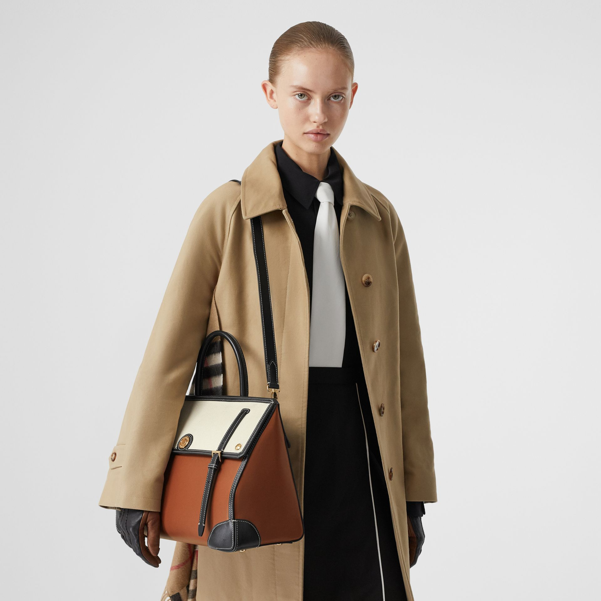Medium Leather and Cotton Canvas Elizabeth Bag in Tan - Women | Burberry - gallery image 2