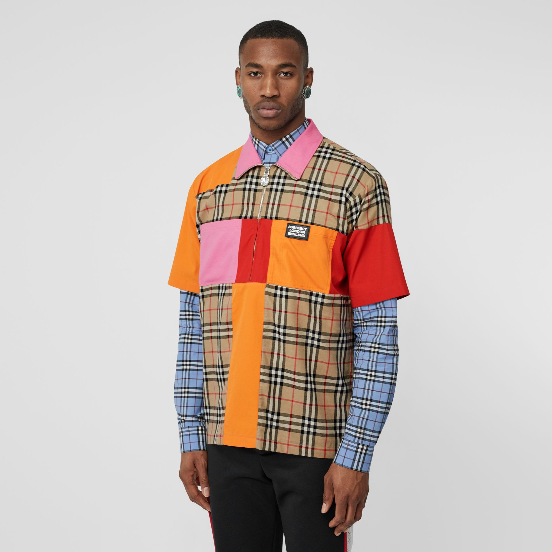 Short-sleeve Colour Block Vintage Check Cotton Shirt in Archive Beige - Men | Burberry United Kingdom - gallery image 5