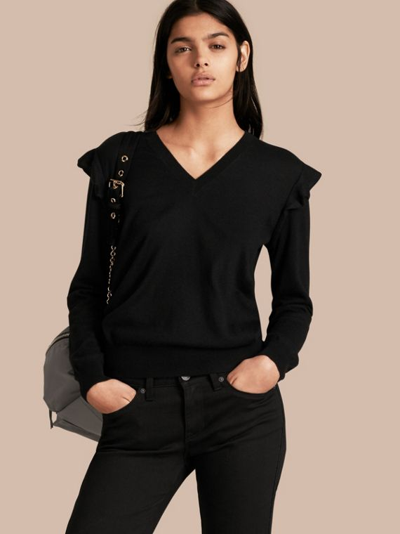 Cashmere Sweater with Frill Sleeves Black