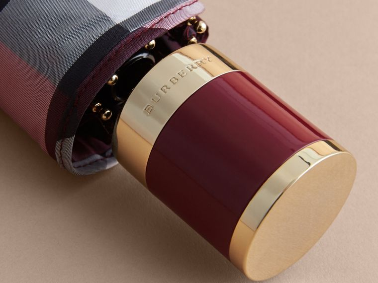 Check Folding Umbrella in Plum | Burberry - cell image 1