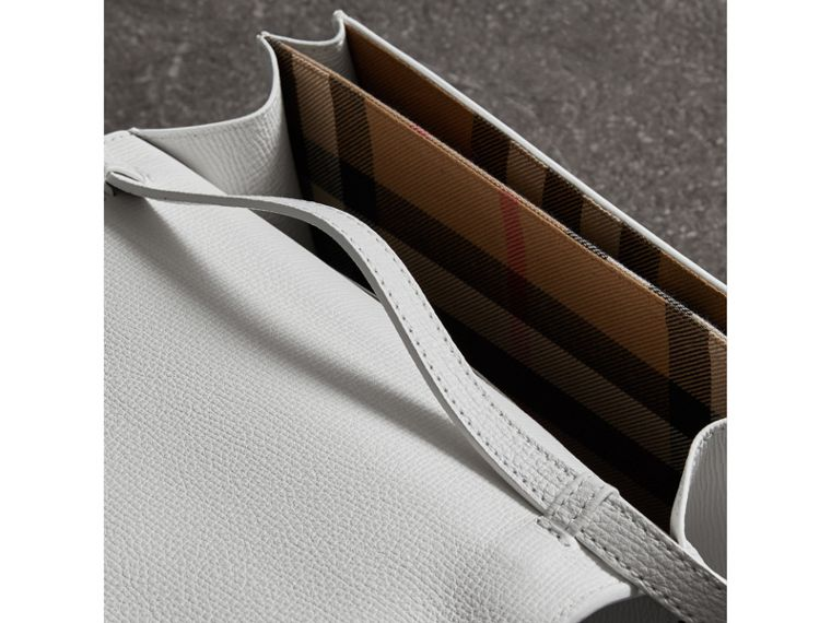 Brogue and Fringe Detail Leather Crossbody Bag in Chalk White - Women | Burberry Singapore - cell image 4