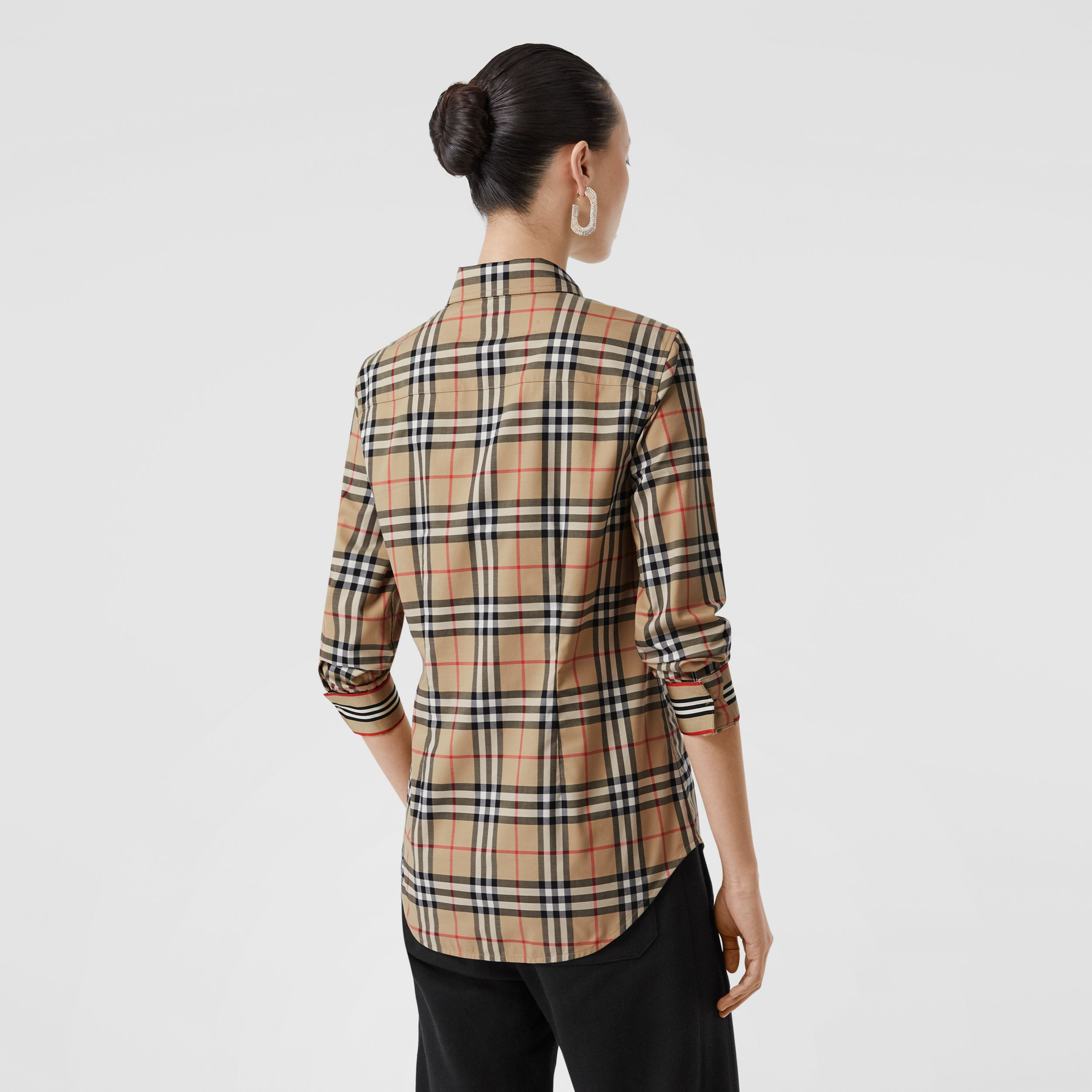 Button-down Collar Vintage Check Stretch Cotton Shirt in Archive Beige - Women | Burberry United Kingdom - 3