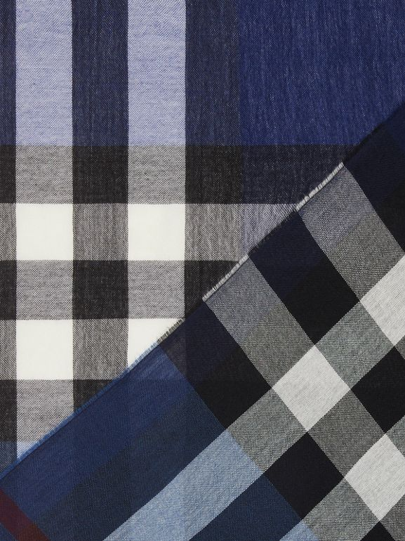 Lightweight Check Wool Cashmere Scarf in Navy | Burberry Canada - cell image 1