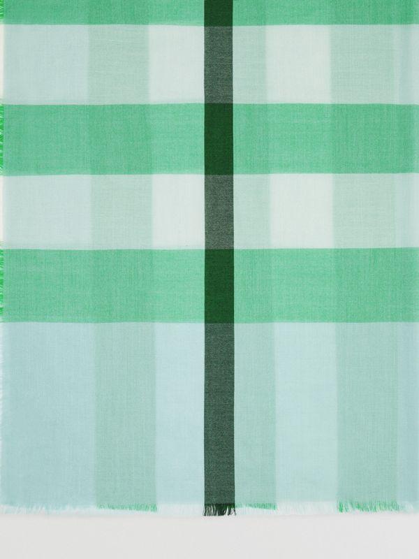 Lightweight Check Wool and Silk Scarf in Pale Peridot Blue | Burberry - cell image 3