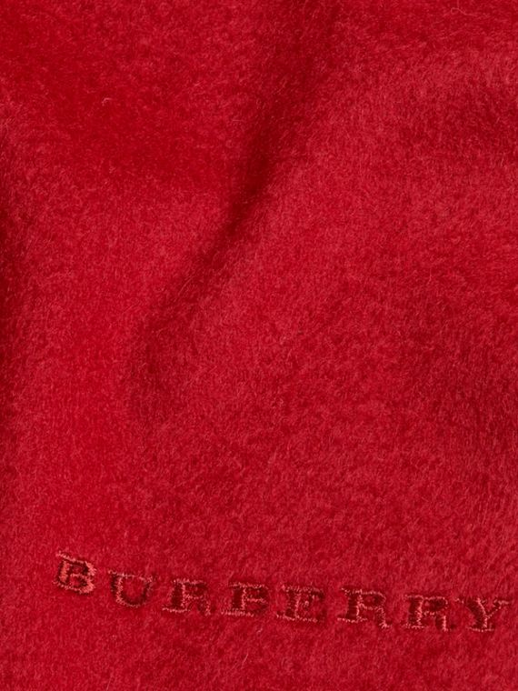The Mini Classic Cashmere Scarf in Parade Red | Burberry United Kingdom - cell image 3