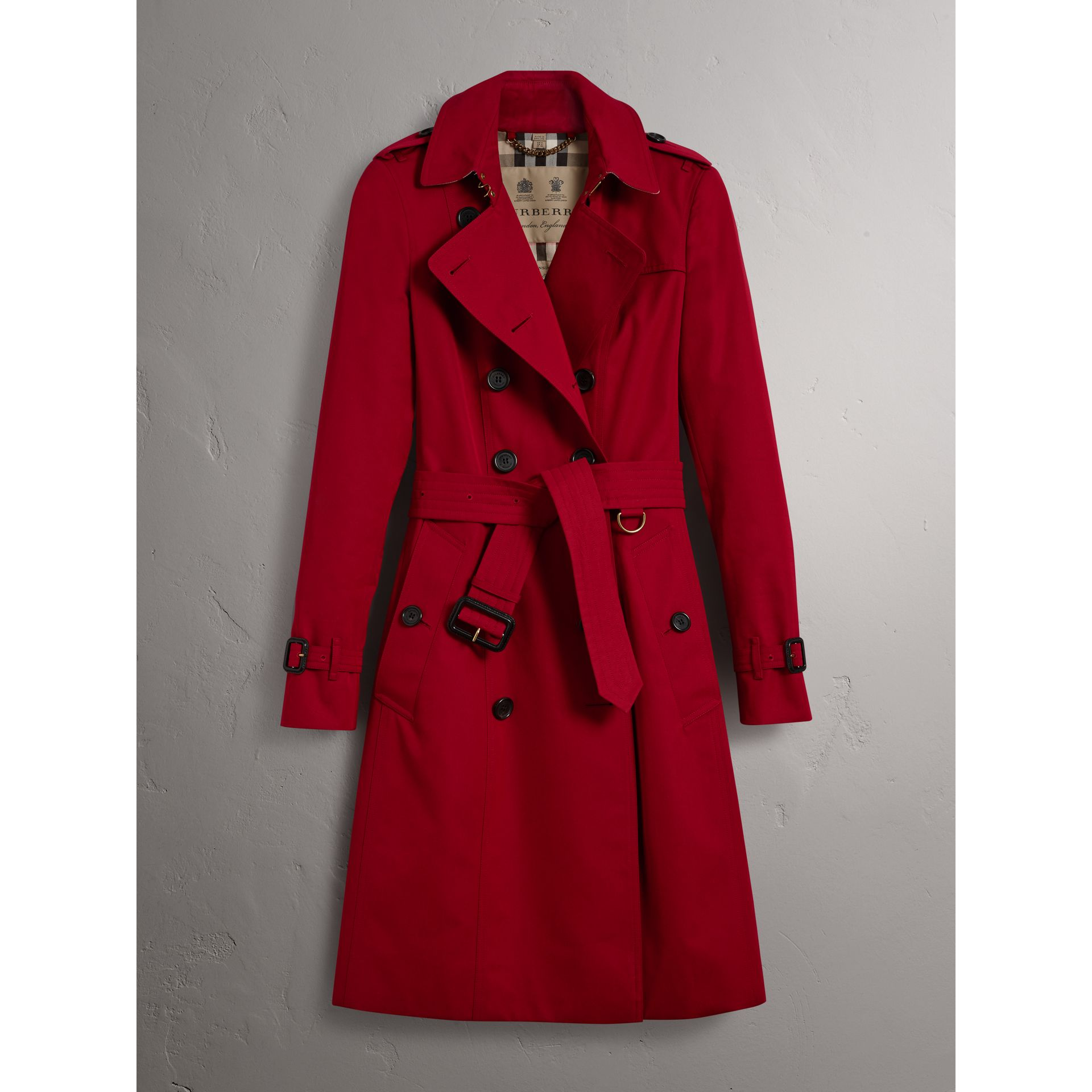 The Chelsea – Long Trench Coat in Parade Red - Women | Burberry - gallery image 4