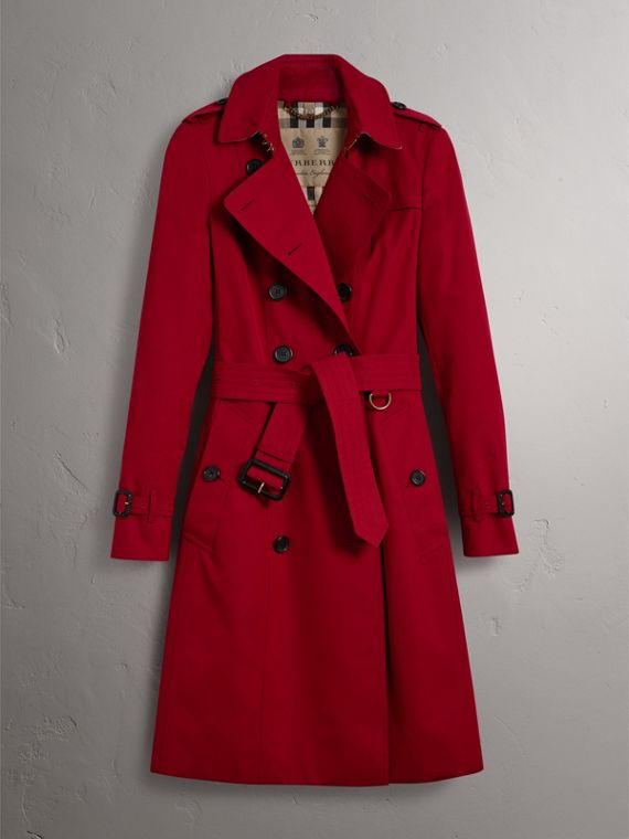 The Chelsea – Long Trench Coat in Parade Red - Women | Burberry - cell image 3