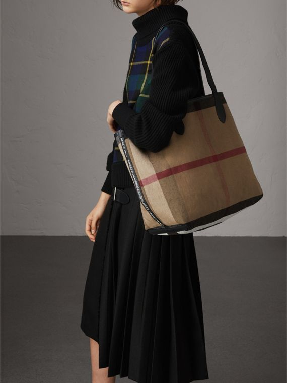 The Medium Reversible Doodle Tote in Black - Women | Burberry - cell image 3
