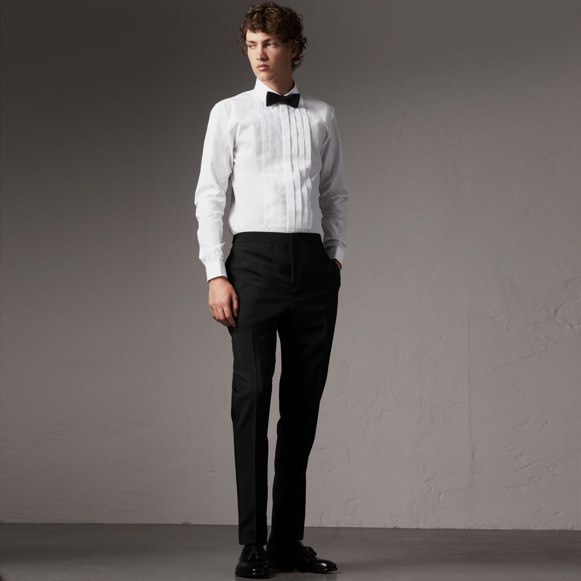 Slim Fit Cotton Poplin Dress Shirt in White - Men | Burberry Singapore - gallery image 0