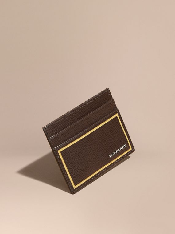 Border Detail London Leather Card Case in Peppercorn