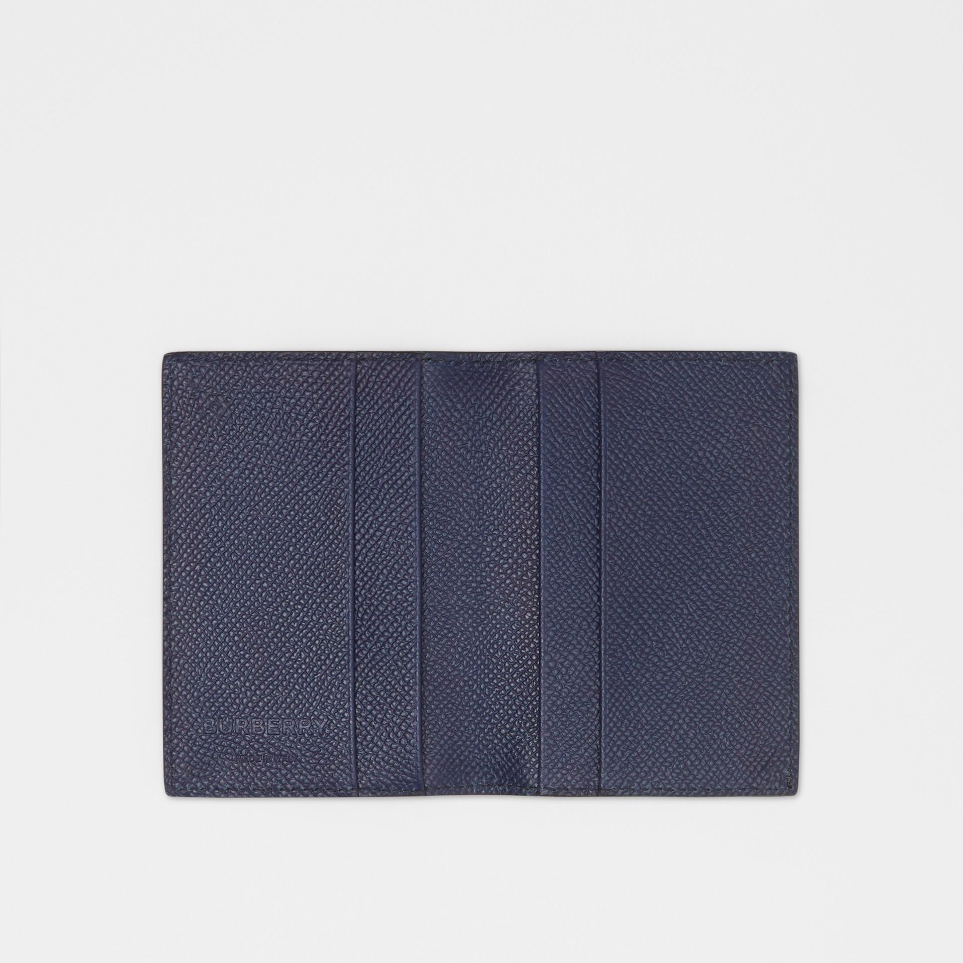 Porta carte di credito a libro in pelle a grana (Blu Reggenza) - Uomo | Burberry - immagine della galleria 2