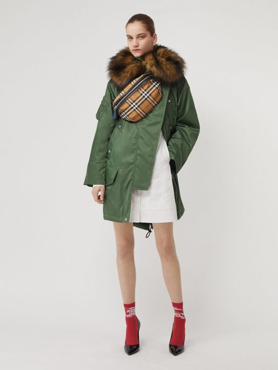 Detachable Faux Fur Trim Hood Parka in Grass Green