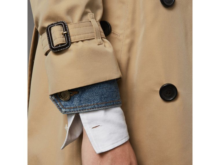 The Kensington – Mid-length Trench Coat in Honey - Women | Burberry Canada - cell image 4
