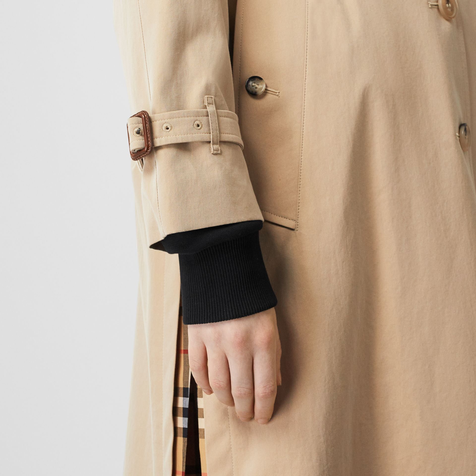 Side-slit Tropical Gabardine Trench Coat in Honey - Women | Burberry - gallery image 4