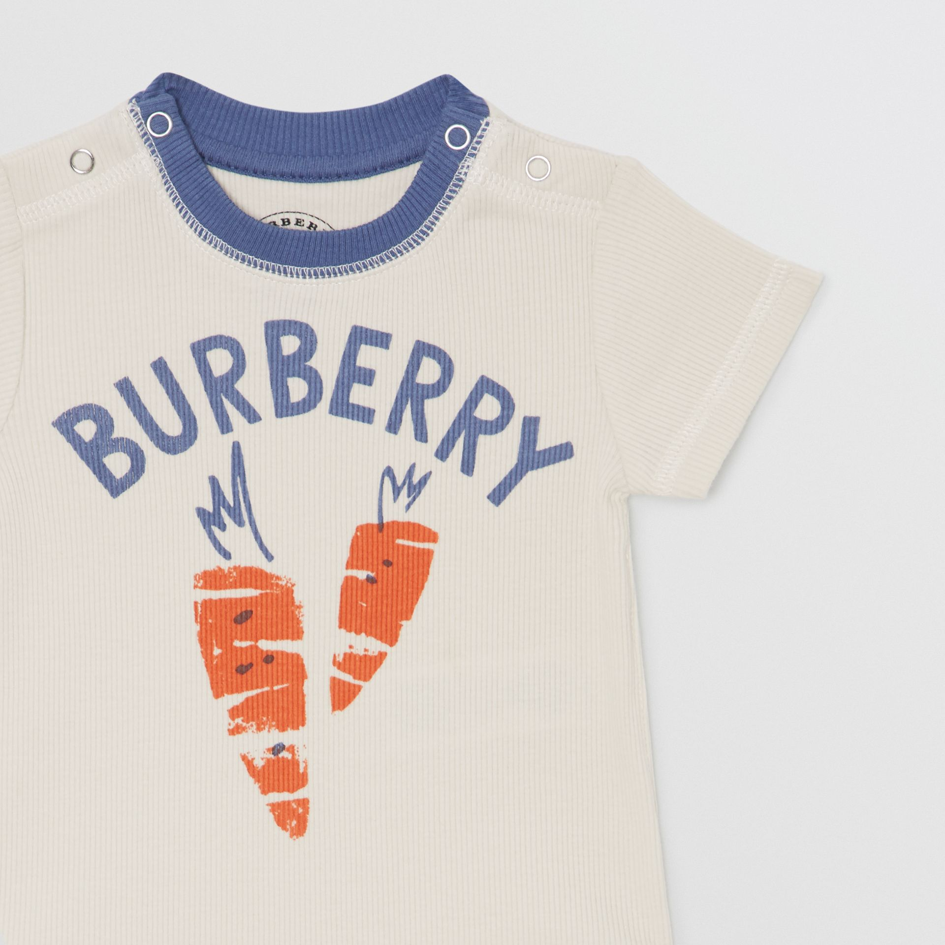 Carrot and Tree Print Three-piece Baby Gift Set in Stone - Children | Burberry - gallery image 4