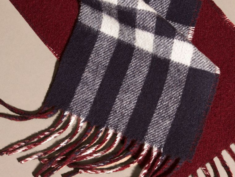 Navy/claret The Slim Reversible Cashmere Scarf in Check Navy/claret - cell image 1