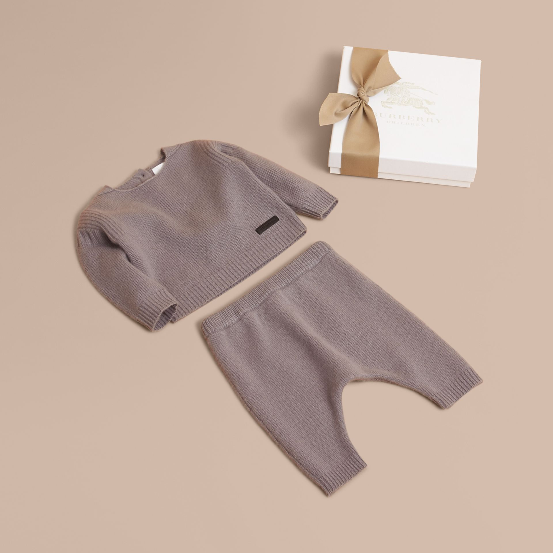 Cashmere Two-piece Baby Gift Set in Storm Grey | Burberry - gallery image 1