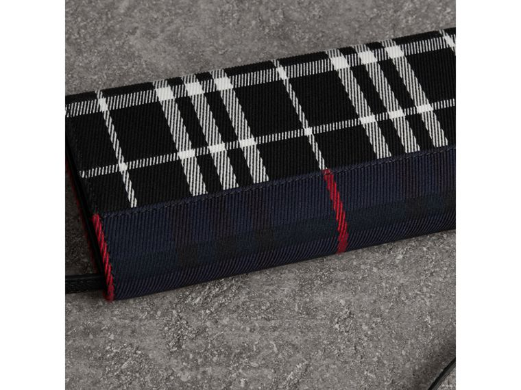 Tartan Cotton and Leather Wallet with Chain in Deep Navy/black - Women | Burberry - cell image 4